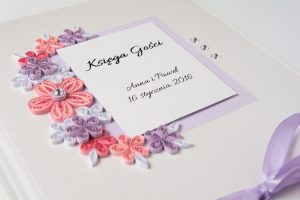 Read more about the article Wedding Guest Book