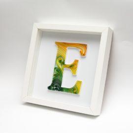 "Litera ""E"" – quilling konturowy"