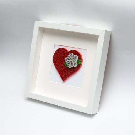 Obrazek – Czerwone serce z kwiatem
