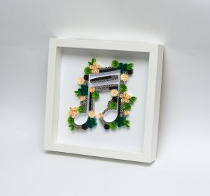 Read more about the article Green Musical Note Quilling Wall Art