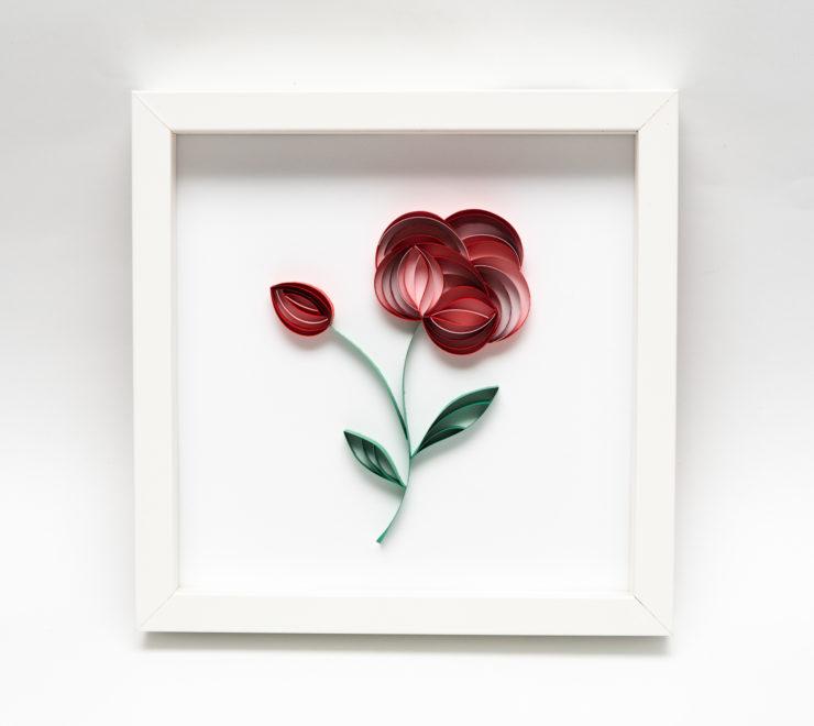 Papierowy kwiat – Oryginalna dekoracja na ścianę