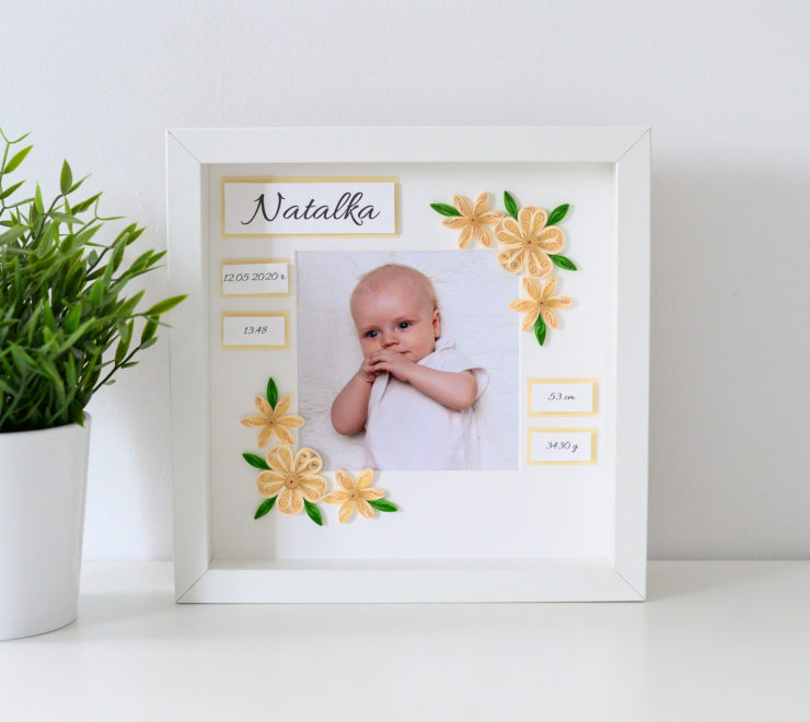 Baby girl decorative photo frame – Welcome to the world gift