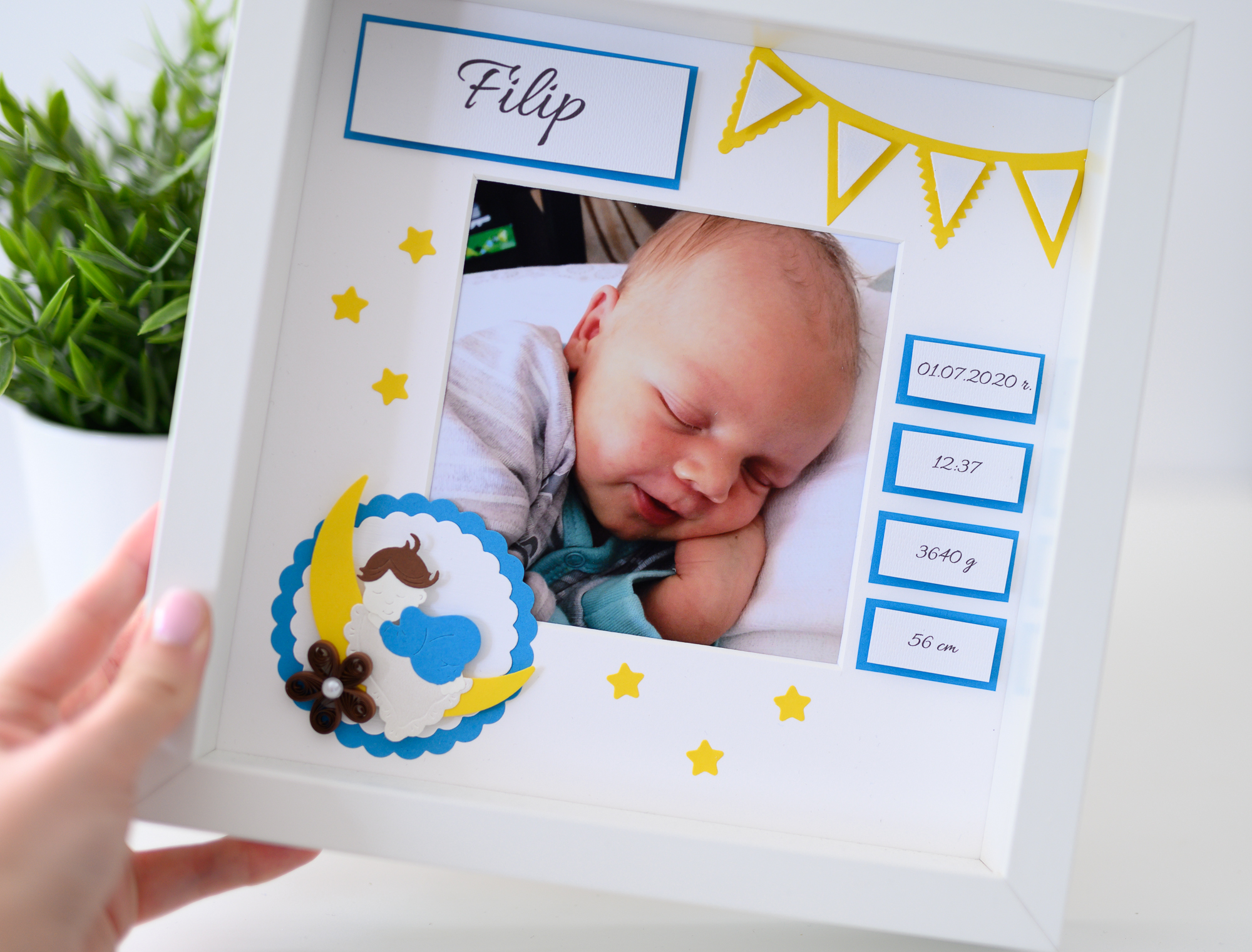 Read more about the article Unique New Baby Gift – Decorative Baby Photo Frame