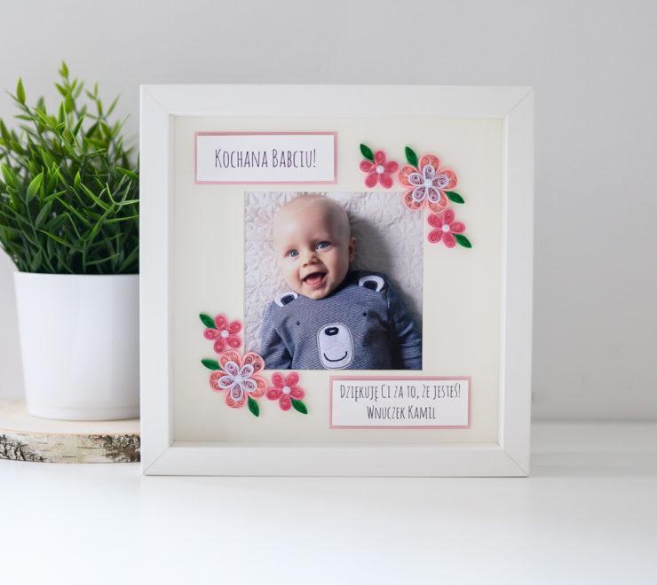 Wyjątkowy prezent z okazji Dnia Babci – ramka ze zdjęciem